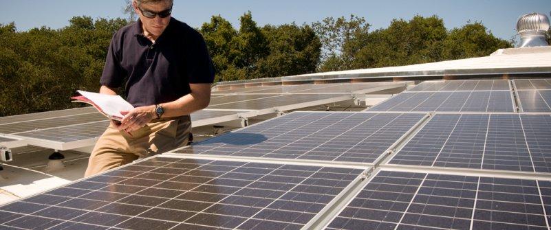 Evaluating a solar panel